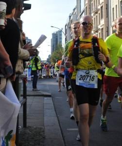 Andreas & ich, einträchtig hintereinander. Kilometer 8.